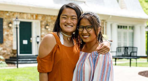 Two Students Who Grew Up in Same Chinese Orphanage Reunite