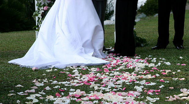 how to ask pastor to officiate wedding