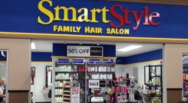 smart style family hair salon hair salon employees ordered not to say merry 5258