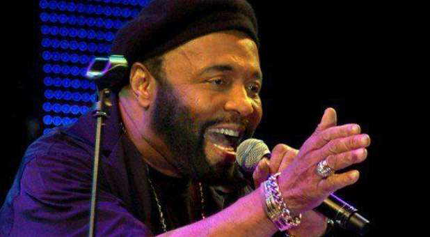 Andrae' Crouch