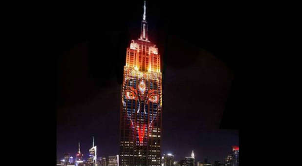 The Hindu goddess Kali was featured in a show on the Empire State Building.