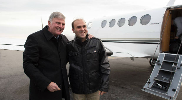 Franklin Graham meets with Saeed Abedini after he returned to the United States.