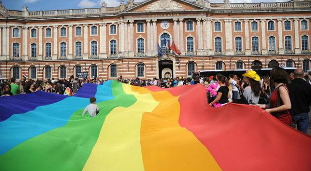Charismatic baptist beliefs on homosexual relationship