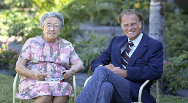 Billy Graham with Corrie ten Boom