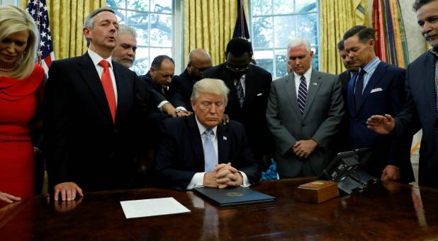Image result for photos of evangelicals in the white house