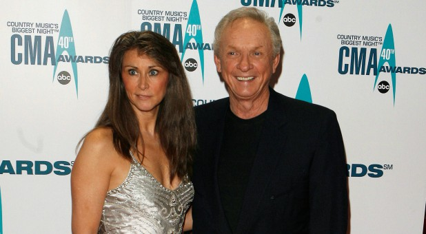 Mel Tillis, right, with his wife Kathy.