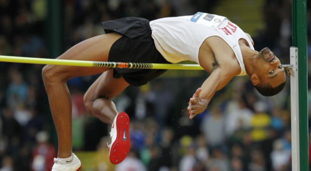 Jamie Nieto competes in the men's high jump at the U.S. Olympic athletics trials in Eugene, Oregon June 25, 2012.