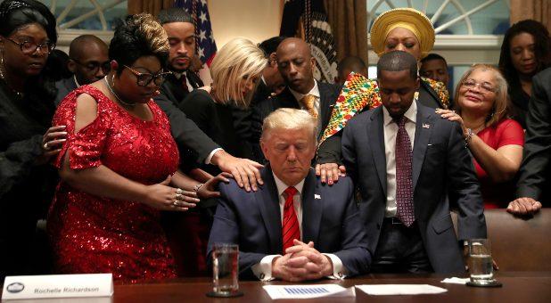 Reuters-black-leaders-pray-for-trump.jpg