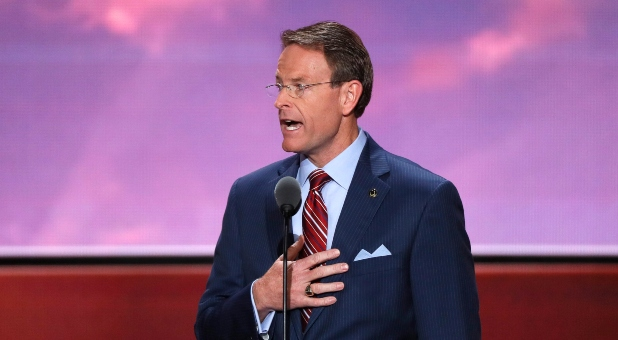 Tony Perkins ON Religious Liberty Means COVID-19 Restrictions Cannot Target Churchgoers