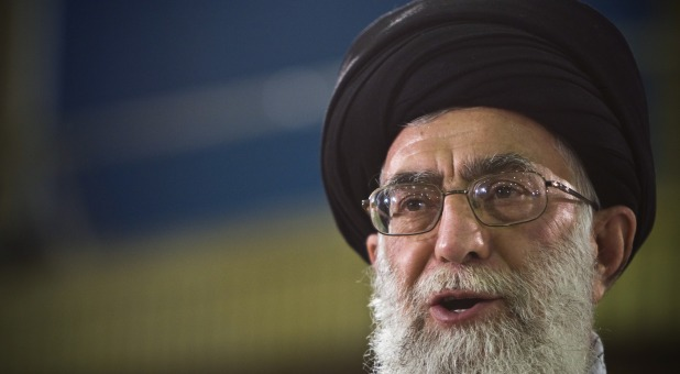 Israel Accuses Twitter of 'Double Standard' for Flagging Trump Tweet but Not Iranian Leader Khamenei's Tweet Calling for Genocide of Jews