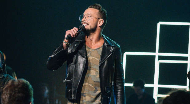J. Lee Grady on Don't Throw Stones at Carl Lentz