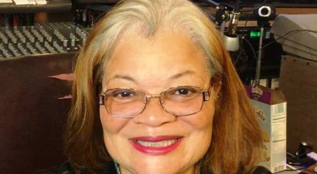 Alveda King Responds to Rep. Alexandria Ocasio-Cortez's 'Abolish Ice' Tweet With MLK Message of Transforming Love