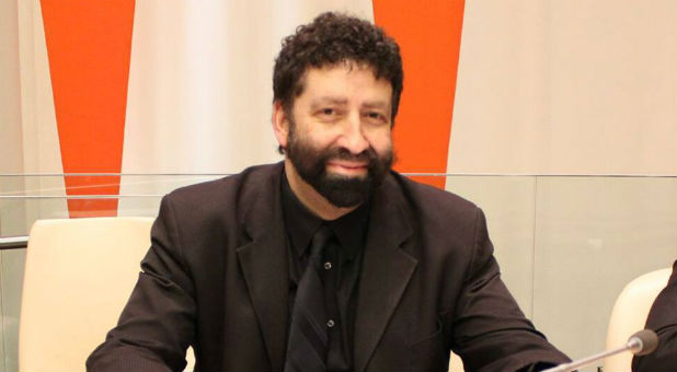 Jonathan Cahn will unveil his new book today.