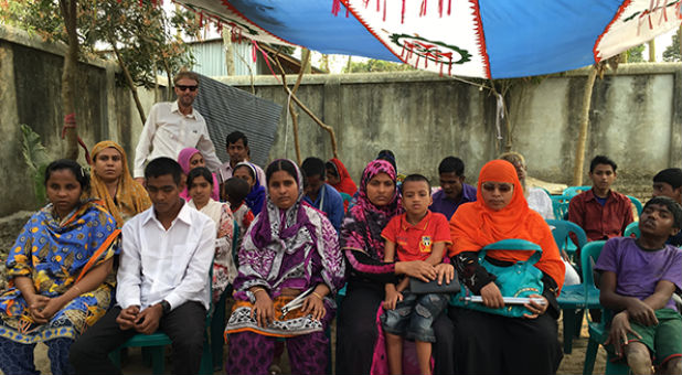 CFI President Jim Jacobson visits with Christians in Bangladesh