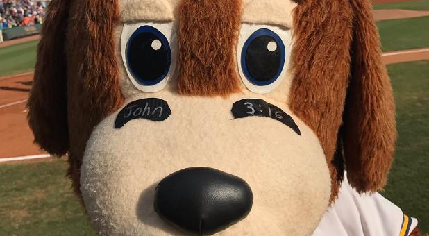 Charlie T. Riverdog boasted John 3:16 eyeblack, just like Tim Tebow.